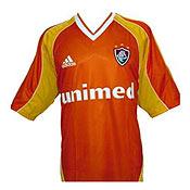 A camisa laranja artigo esportivo mais vendido em 2001