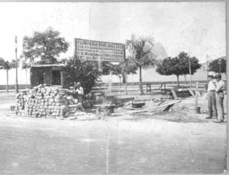 Foto de 1919 da estação sub-elevatória que levava água salgada da praia do Flamengo para a piscina do Fluminense